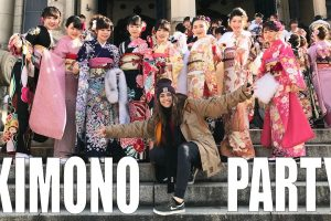 海外「着物で着飾ったギャング達」外国人YouTuberが日本旅行中に成人式に遭遇(海外の反応)
