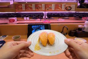 海外「日本は内向的な人間にとって夢の国」台湾にある日本の回転寿司チェーン店スシローを紹介した動画が話題に(海外の反応)